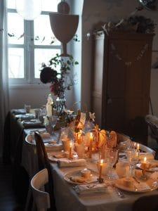 décoration table communion cyprien