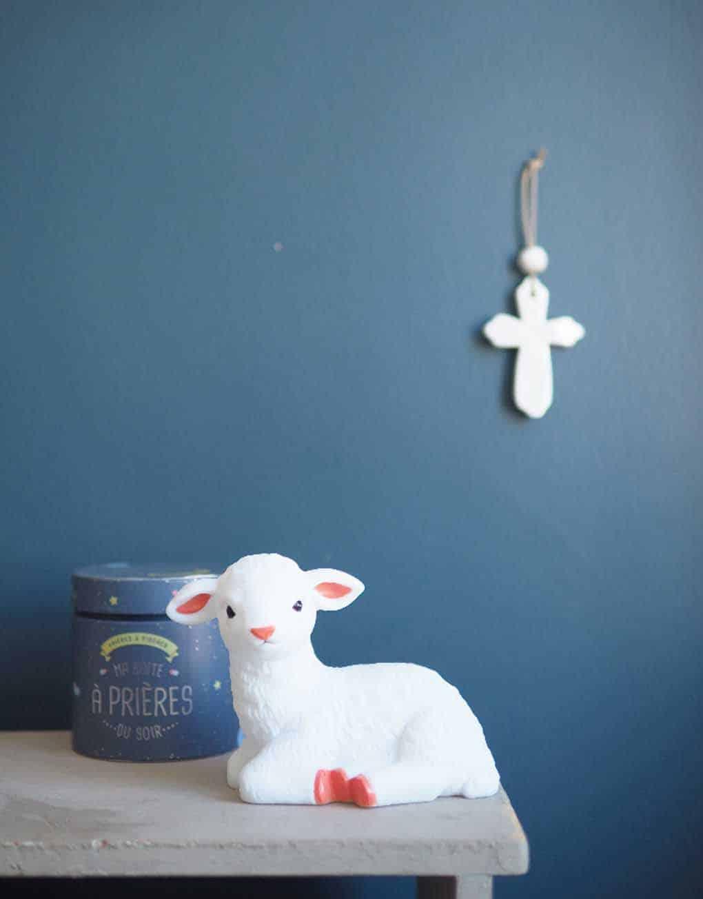 catho-retro-veilleuse-agneau